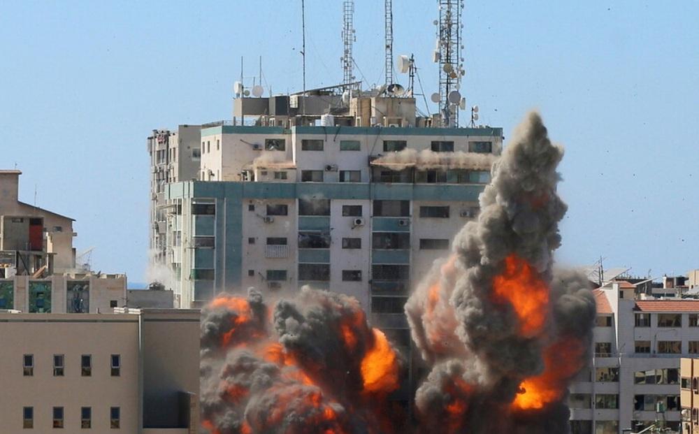 Israel tiếp tục không kích Dải Gaza ngày thứ 7 liên tiếp