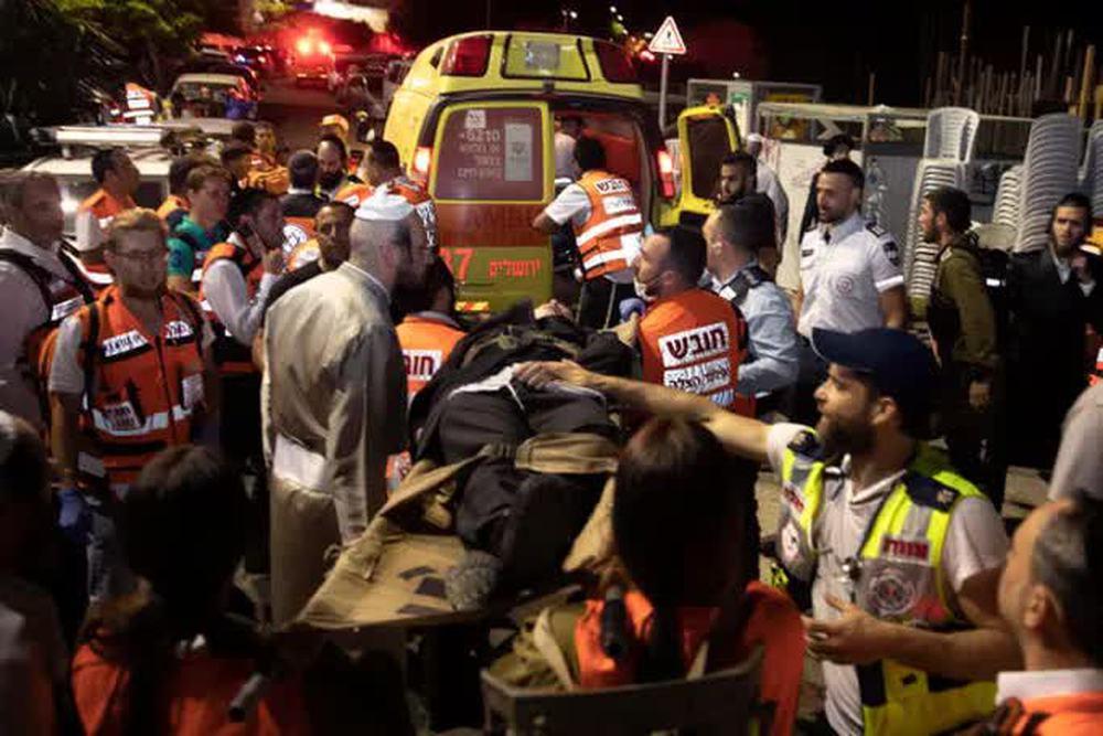 Israel: Sập khán đài giáo đường, gần 170 người thương vong - Ảnh 1.