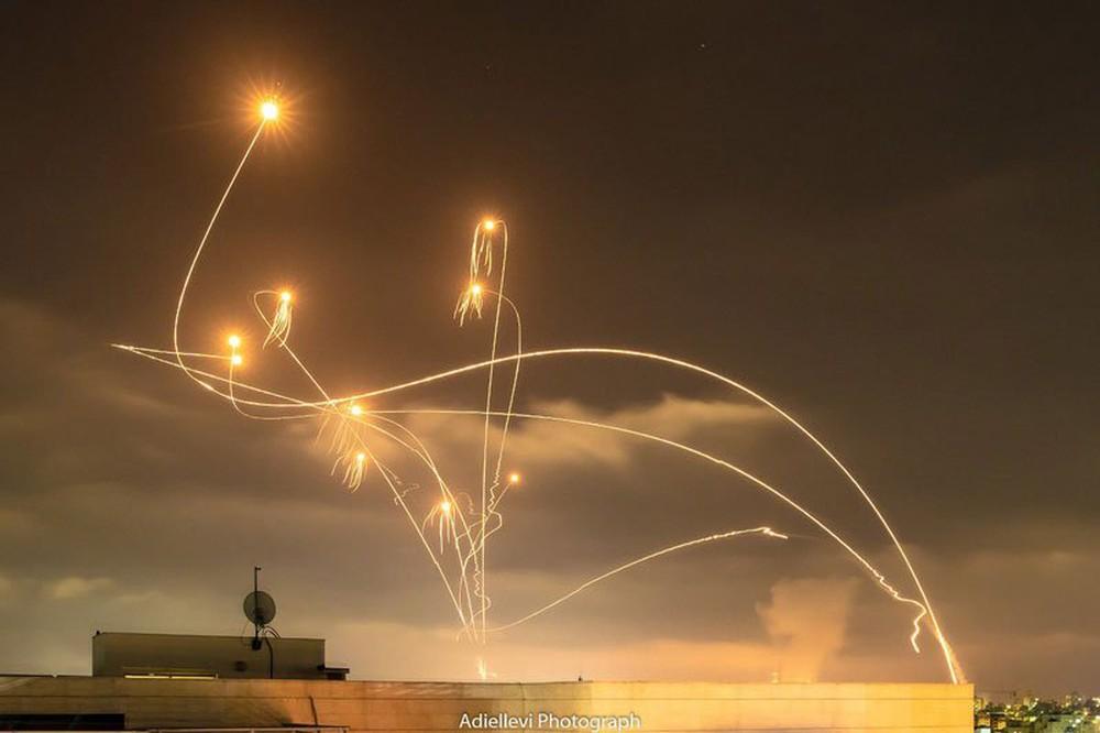 NÓNG: Mỹ ra quyết định vô cùng khủng khiếp, Hamas xanh mặt - Ngày đen tối và đẫm máu nhất, Israel thả cửa tung hoành - Ảnh 2.