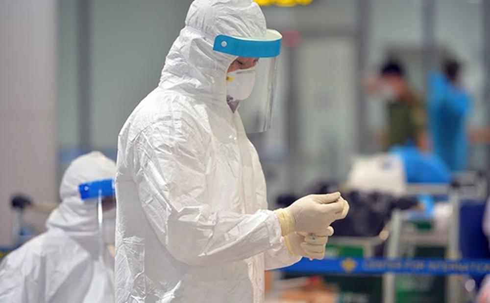 Ca dương tính SARS-CoV-2 ở TP HCM: Khẩn trương điều tra truy vết hành khách đi chuyến bay Hải Phòng - TP HCM