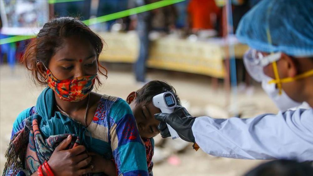 Làn sóng Covid-19 dâng cao, hàng xóm của Ấn Độ phá kỷ lục: Xác nhận 5.763 ca nhiễm Covid-19/ngày - Ảnh 2.