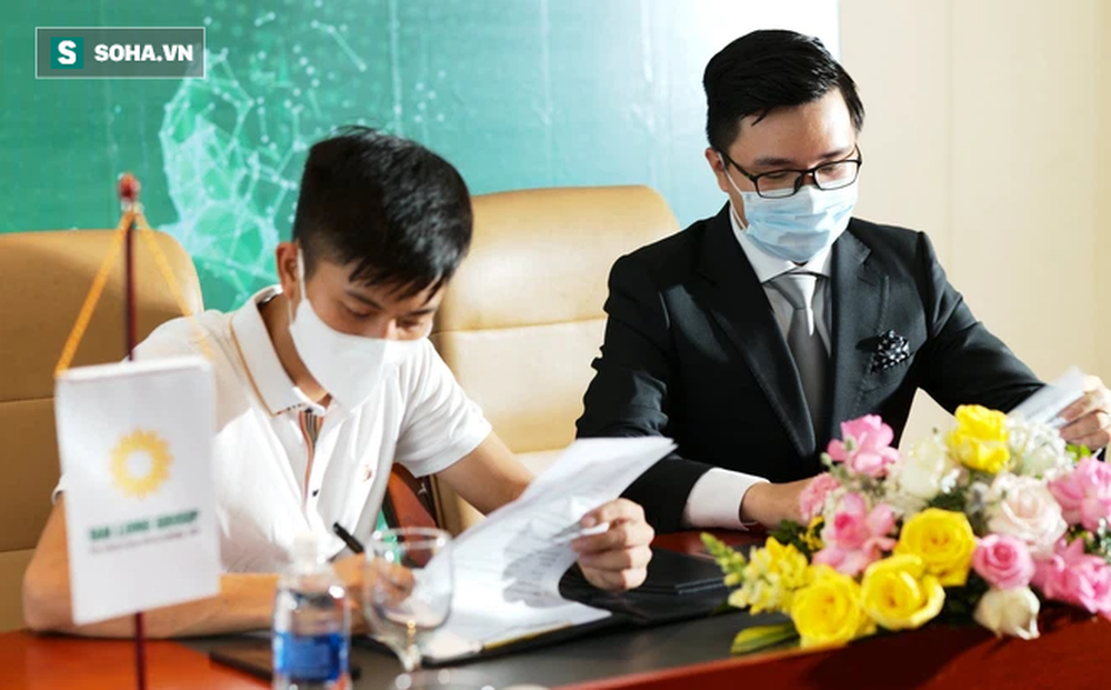 Phan Văn Đức viết tâm thư, tiết lộ chi tiết bất ngờ trước khi ký vào bản hợp đồng tiền tỷ