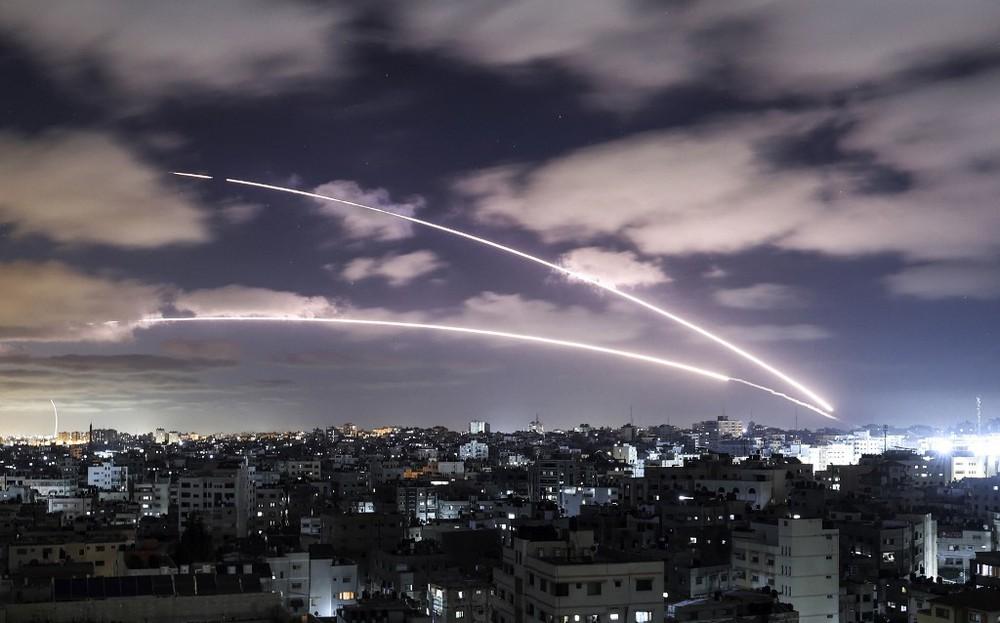 Tung những cú đòn trời giáng, Israel lẫn Hamas đều quyết tâm hủy diệt đối phương bằng tiềm lực khổng lồ - Ảnh 1.