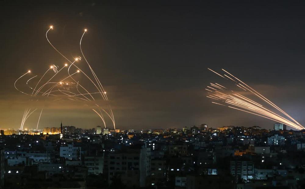 """Tung những cú đòn """"trời giáng"""", Israel lẫn Hamas đều quyết tâm hủy diệt đối phương bằng tiềm lực khổng lồ"""