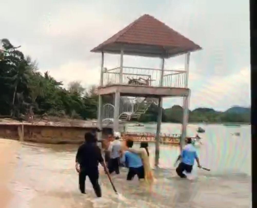 Tạm giữ 6 bảo vệ khu nghỉ dưỡng ở Phú Quốc đánh gãy tay du khách - Ảnh 1.