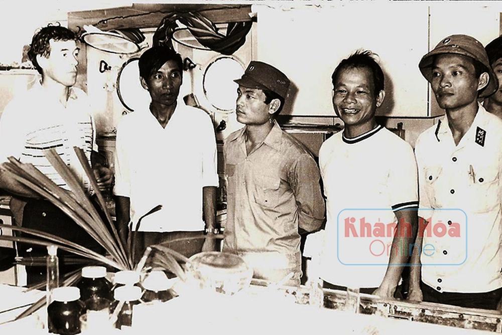 Năm 1994, một người nông dân ở Nam Định bất ngờ phát hiện bộ xương 10 tấn chôn vùi 200 năm dưới ruộng, đây là thứ gì? - Ảnh 5.