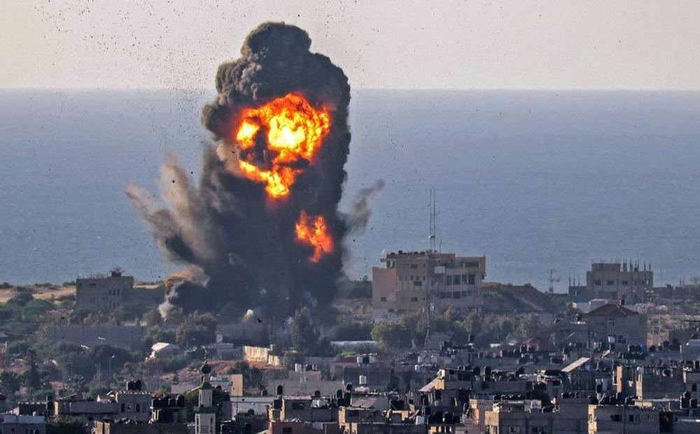 """Gần 100 chiến binh Hamas bị """"chôn sống"""" dưới hầm ngầm ở Gaza: Cú ra đòn hiểm độc của Israel"""