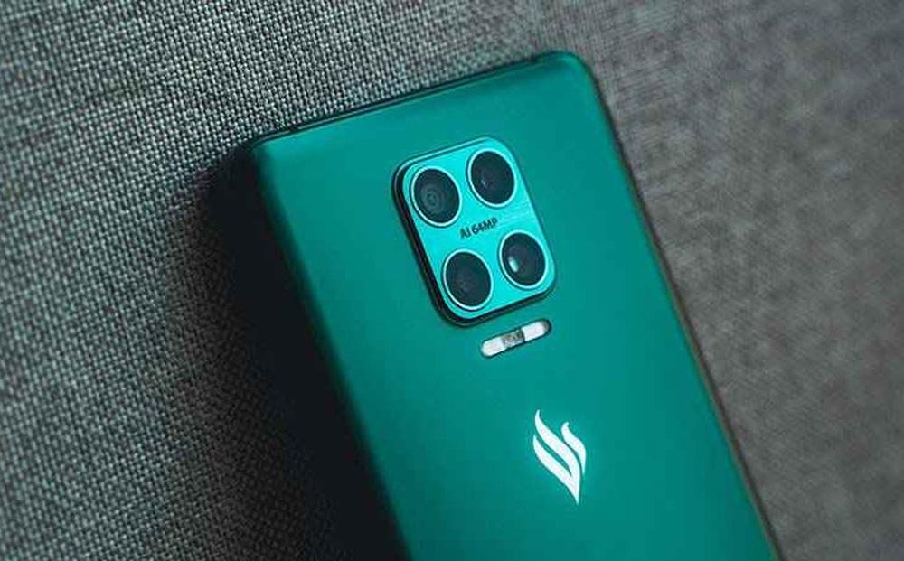 Giá điện thoại Vsmart Aris Pro 3,4 triệu đồng, tivi 43 inch 2,99 triệu đồng