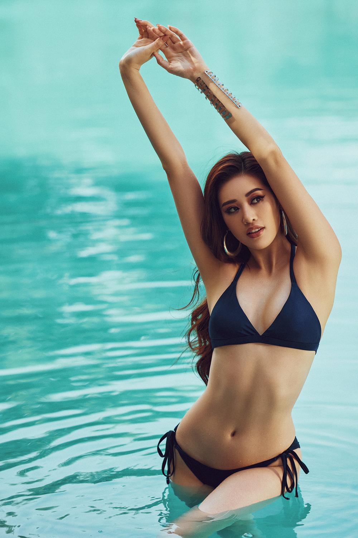 Hoa hậu Khánh Vân tung loạt ảnh bikini nóng bỏng - Ảnh 8.