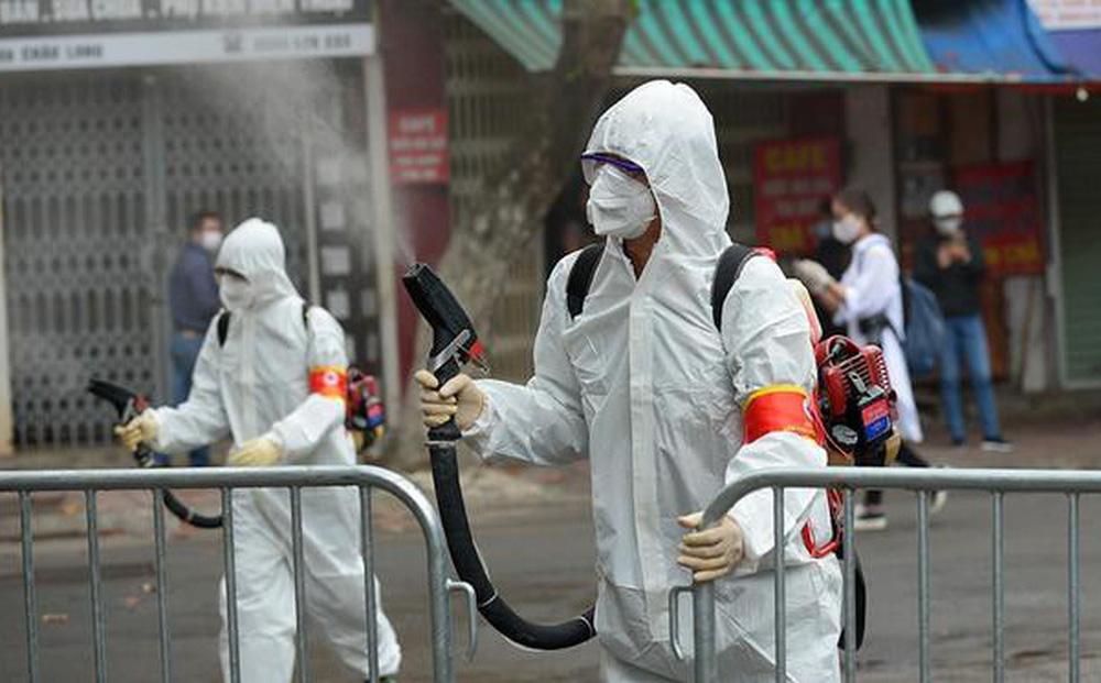 [NÓNG] Yên Bái: Giãn cách xã hội nơi công cộng từ 0h ngày 3/5; Xác định 12 F1 liên quan ca nhiễm SARS-CoV-2