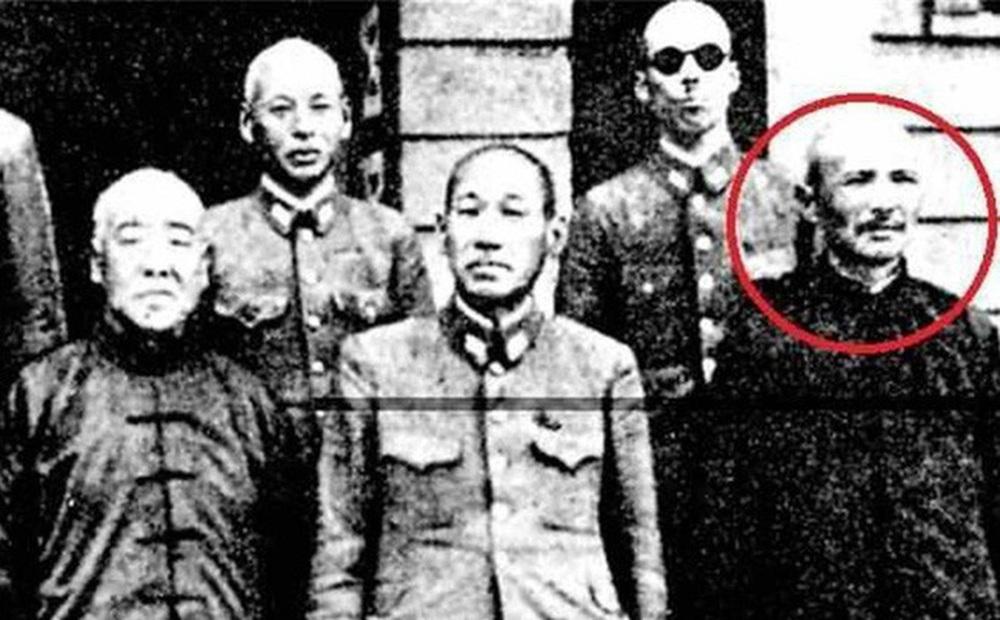 Thân thế đáng ngưỡng mộ của con trai mộ tặc Tôn Điện Anh: Cũng nổi tiếng khắp Trung Quốc nhưng hoàn toàn trái ngược với cha