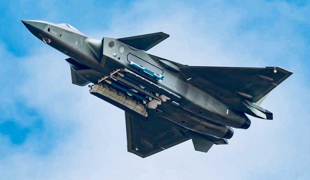 Tướng Mỹ cố tình phóng đại sự nguy hiểm của tiêm kích Trung Quốc, gạ gẫm Ấn Độ mua F-35? - Ảnh 1.