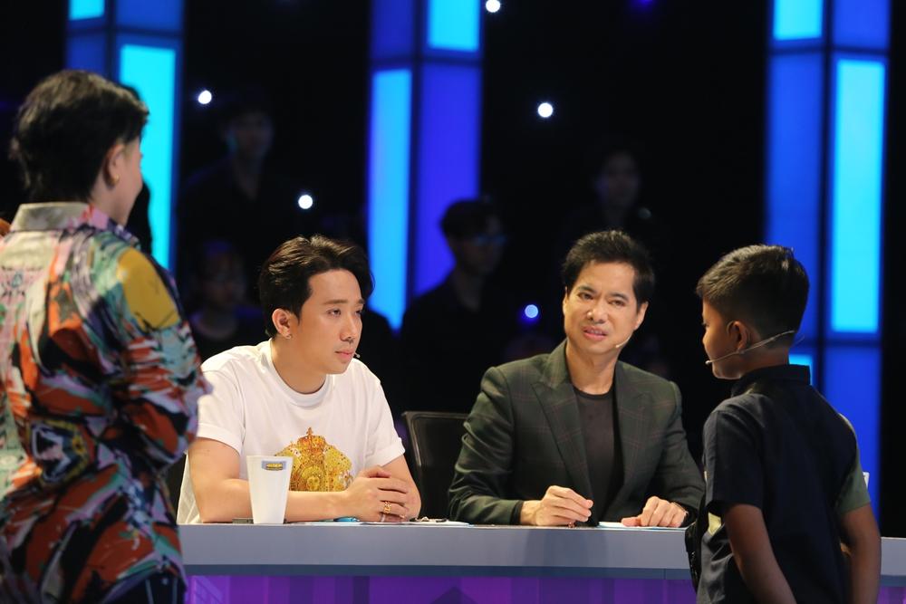 Trấn Thành tiết lộ thường bị Hari Won đánh đòn khi ở nhà - Ảnh 5.