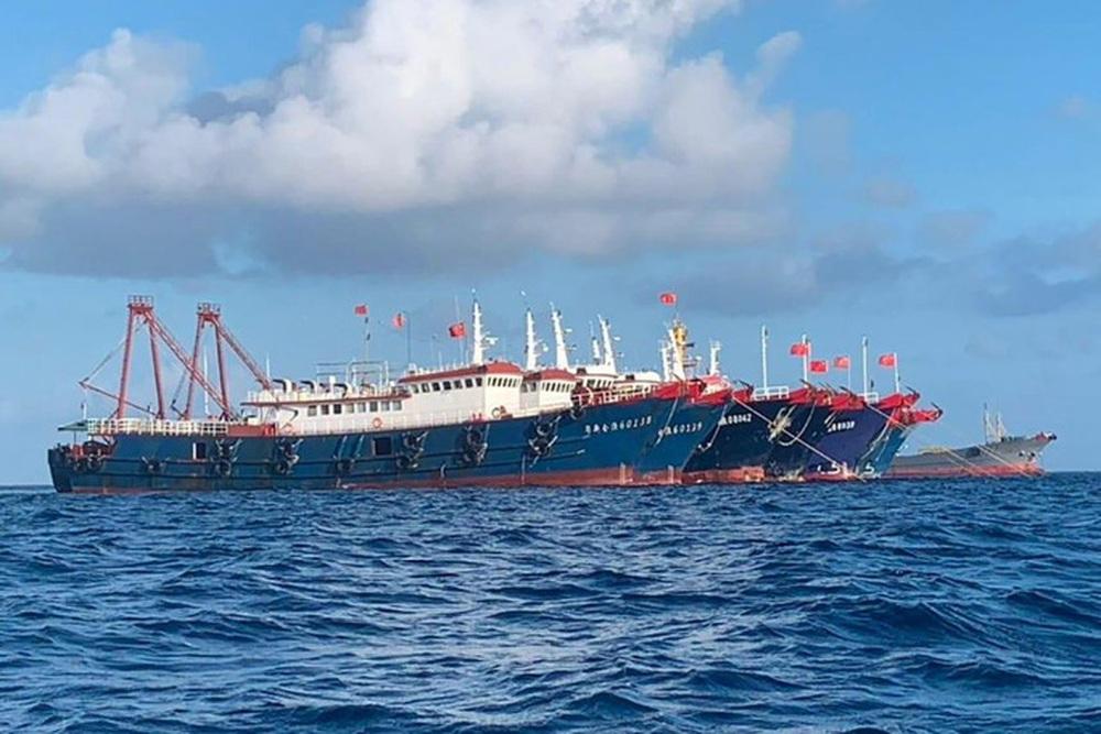 Biển Đông: Philippines phản đối lệnh cấm đánh cá của Trung Quốc - Ảnh 2.