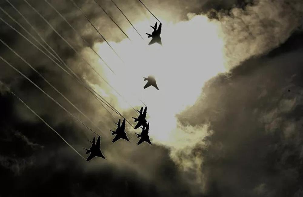 Những điều ít biết về phi đội nhào lộn huyền thoại chuyên bay MiG-29 của không quân Nga - Ảnh 1.