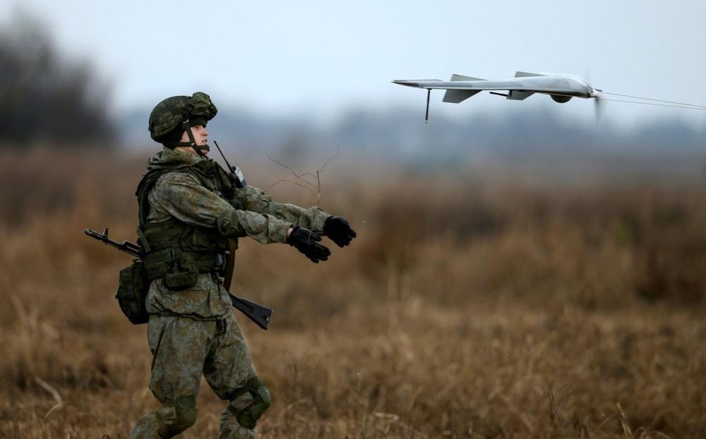 """Vũ khí tấn công cảm tử của Nga: """"Hạ gục nhanh, tiêu diệt gọn"""" một loạt mục tiêu trọng yếu"""