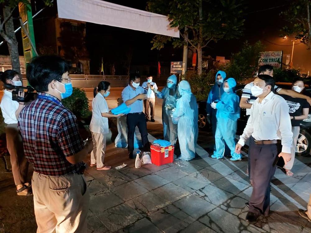 Nghệ An: Phong tỏa 5 thôn hơn 8 nghìn người, truy vết hơn 800 F1 và F2 - Ảnh 2.