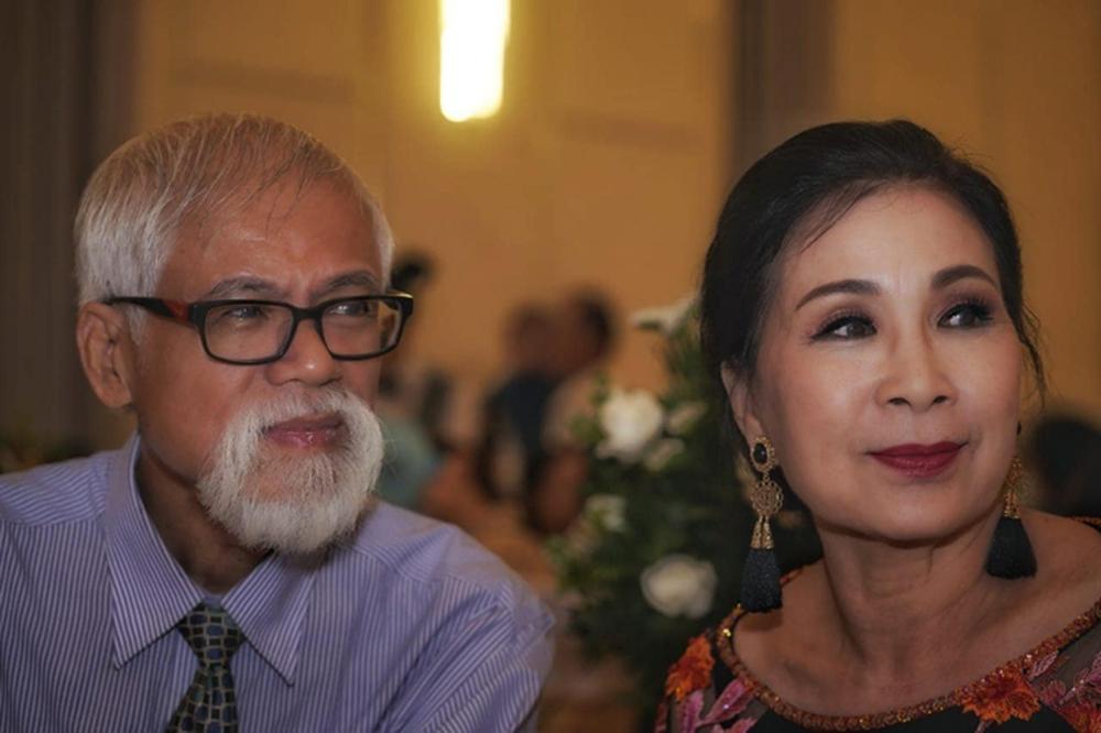NSND Kim Xuân: Tôi phải cảm ơn chồng đã cùng tôi dựng lên ngôi nhà to như hiện nay - Ảnh 4.