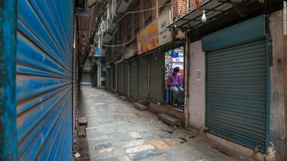'Ấn Độ thứ 2' ở châu Á: Nepal đang đi vào vết xe đổ của Ấn Độ - thậm chí còn tồi tệ hơn - Ảnh 1.