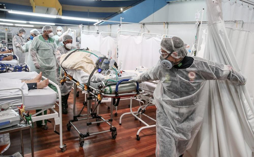 Quốc gia Nam Mỹ khốn khổ vì COVID-19: Vì sao dịch tái bùng phát và ngày càng khủng khiếp?