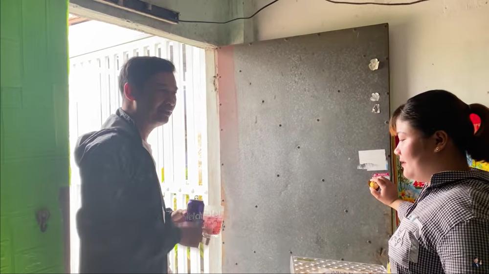 Tiết Cương đến thăm nhà PGĐ Điền Quân Khương Dừa, bị một phụ nữ đuổi mắng - Ảnh 5.