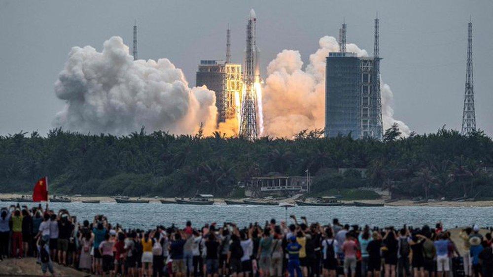 Tin mới nhất về thời gian, địa điểm tên lửa Trung Quốc rơi xuống: Đông Nam Á có thể gặp nguy! - Ảnh 1.