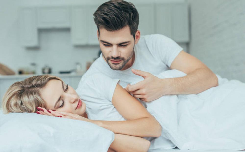 Lười 'yêu' vì đại dịch Covid-19: Chuyên gia tình dục mách bí quyết cho mọi cặp đôi