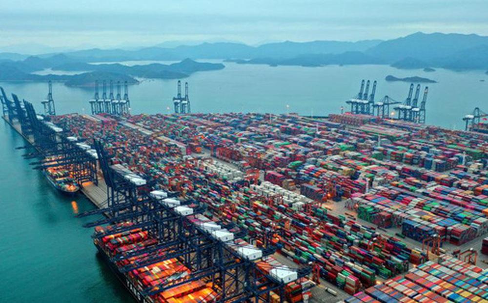 Tạp chí Hoa Kỳ: Vì sao đợt bùng dịch tại Việt Nam và các nước Đông Nam Á khác lại tệ hơn sự cố kênh đào Suez?