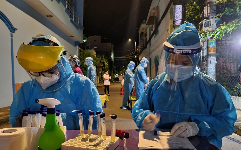 TP.HCM: Phát hiện 5 ca nhiễm COVID-19 liên quan chuỗi xưởng cơ khí tại Hóc Môn và khách sạn ở Q.Tân Bình