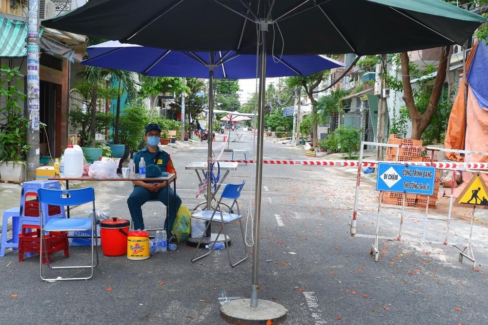 Phát hiện 3 trường hợp mắc Covid-19 ở quận Tân Phú - Ảnh 1.