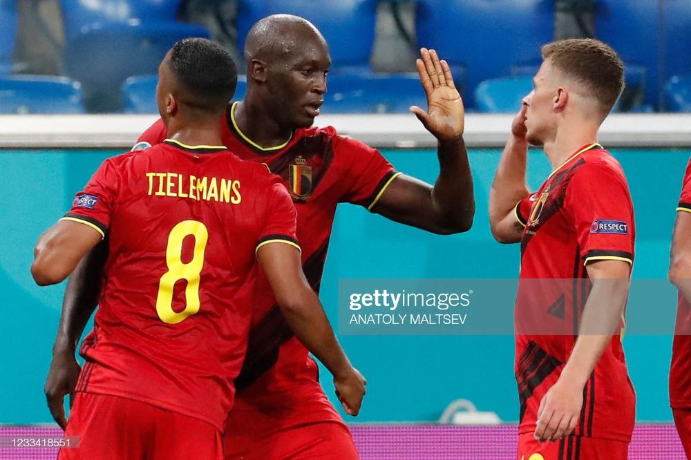 Euro 2020: Bùng nổ dữ dội, Lukaku nhấn chìm đội tuyển Nga trong ngày ra quân - Ảnh 4.