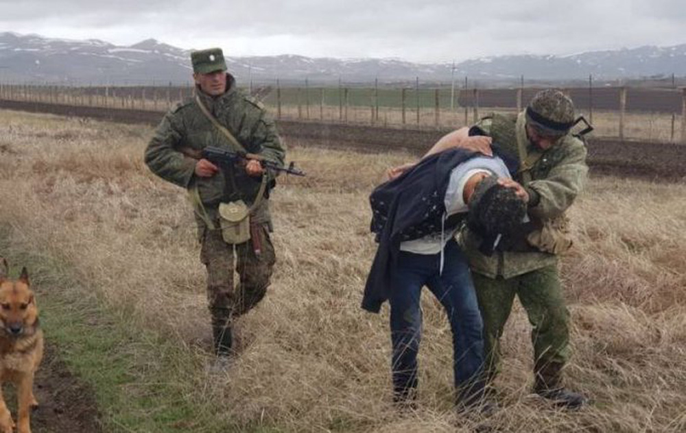 NÓNG: Lộ bằng chứng lính Thổ thâm nhập biên giới Armenia, Biên phòng Nga liệu có để yên? - Ảnh 5.