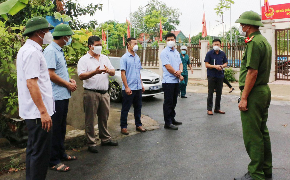 Hà Tĩnh phát hiện thêm 5 người trong một gia đình mắc Covid-19, liên quan đến điểm tắm biển Lộc Hà