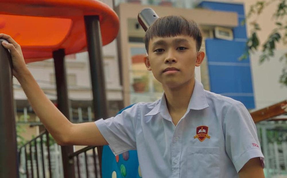 Quản lý Phi Nhung nói Hồ Văn Cường học trường quốc tế phải đóng tiền, thực tế học phí có đắt đỏ đến vậy?