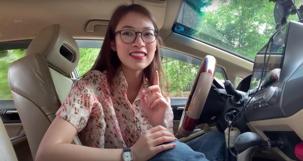 Hot girl VTV Khánh Vy đăng ảnh nóng bỏng: Tôi đã xin phép mẹ rồi nhưng mẹ không cho - Ảnh 1.