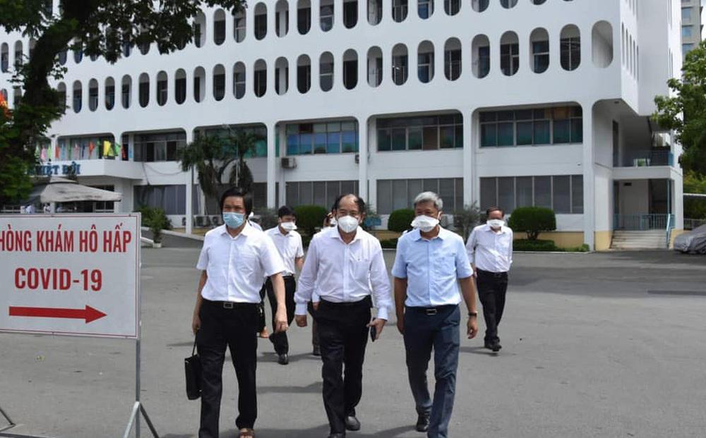 Giám đốc BV Bệnh Nhiệt đới TP HCM: Nhân viên y tế của bệnh viện đã phòng dịch rất tốt nên vẫn còn một điều thật may mắn!