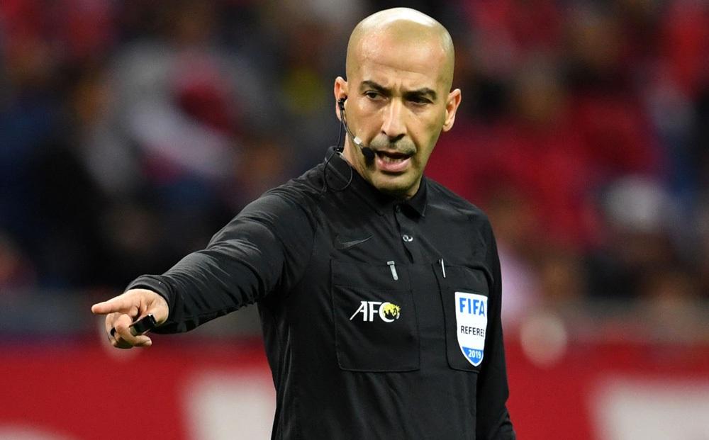 Trọng tài Tây Á bắt trận Việt Nam gặp UAE, từng khiến Công Phượng thua đau ở giải châu Á