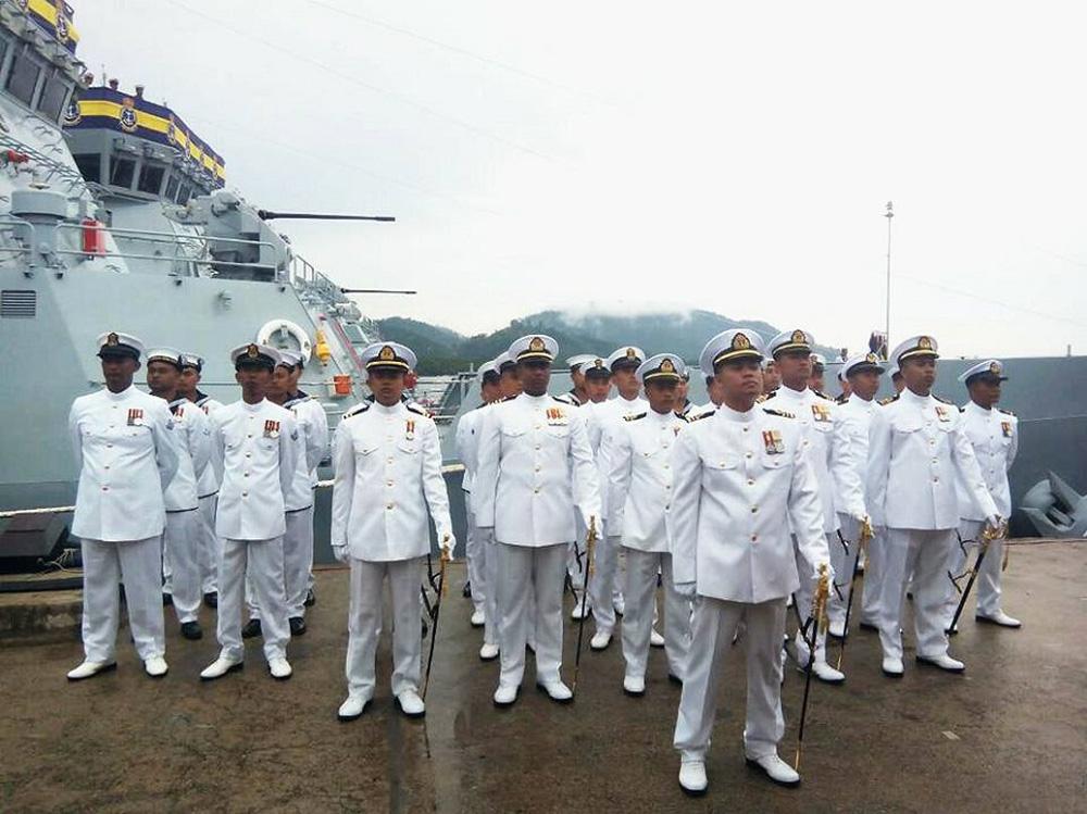 Chuyên gia Malaysia ngưỡng mộ Việt Nam hiện đại hóa quốc phòng bảo vệ chủ quyền ở Biển Đông - Ảnh 1.