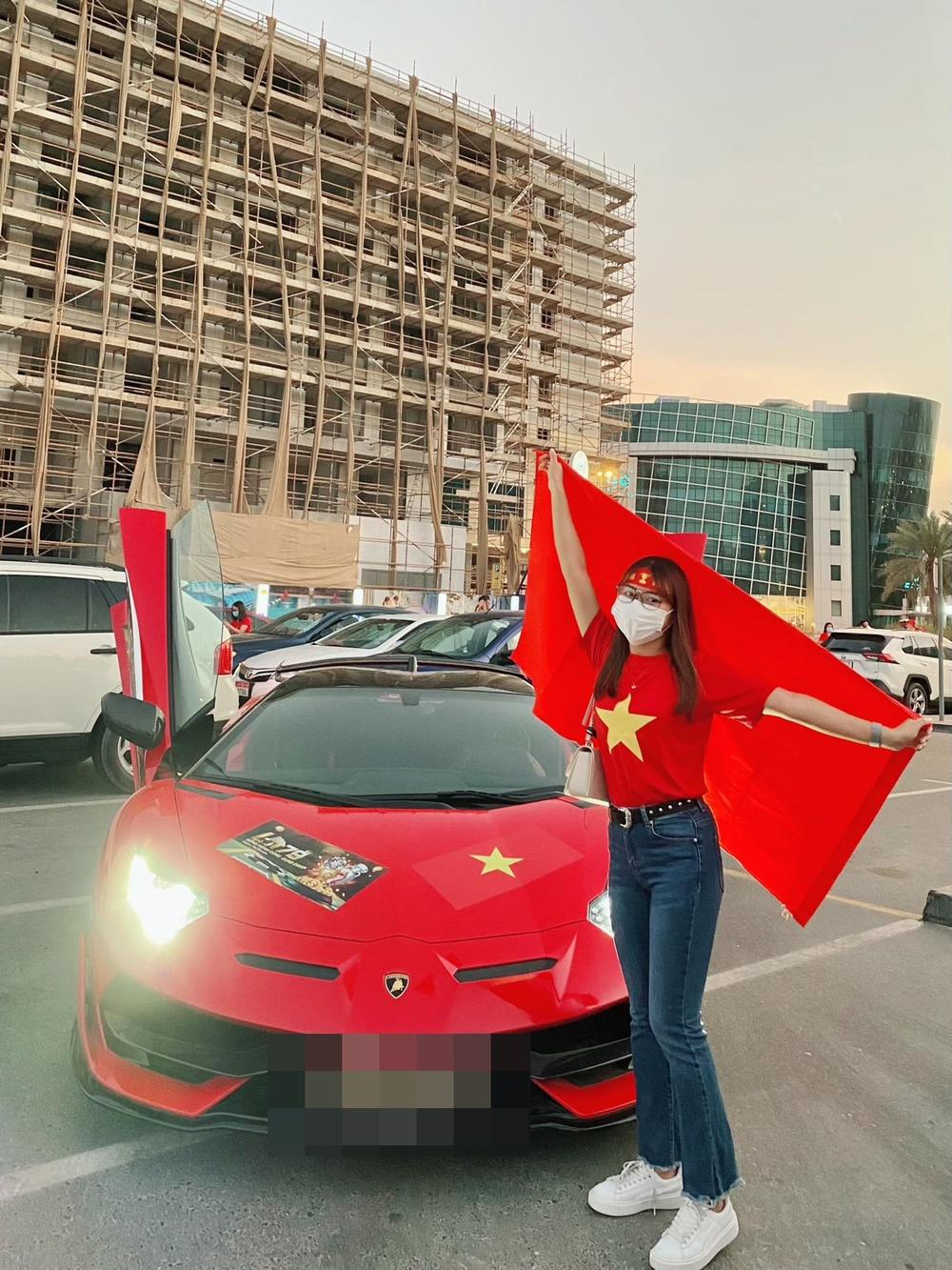 Cô gái tiết lộ chuyện mua vé thần tốc để vào sân xem Việt Nam - UAE: Giá vé khiến nhiều người bất ngờ - Ảnh 3.