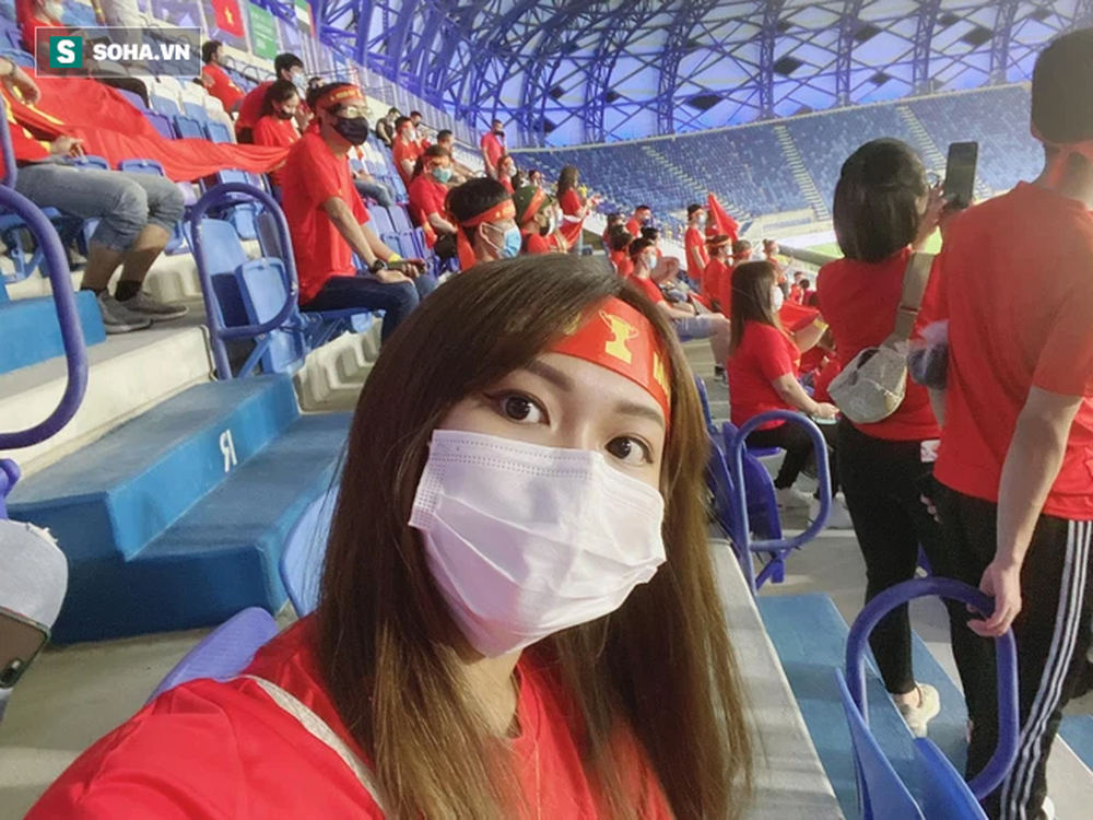 Cô gái tiết lộ chuyện mua vé thần tốc để vào sân xem Việt Nam - UAE: Giá vé khiến nhiều người bất ngờ - Ảnh 2.
