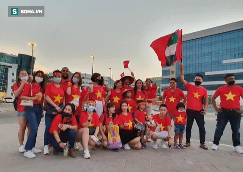 Cô gái tiết lộ chuyện mua vé thần tốc để vào sân xem Việt Nam - UAE: Giá vé khiến nhiều người bất ngờ - Ảnh 4.