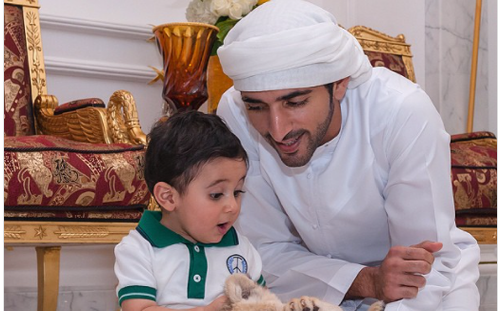 """Một ngày bình thường của Thái tử Dubai """"đạt chuẩn soái ca"""" vạn người mê"""
