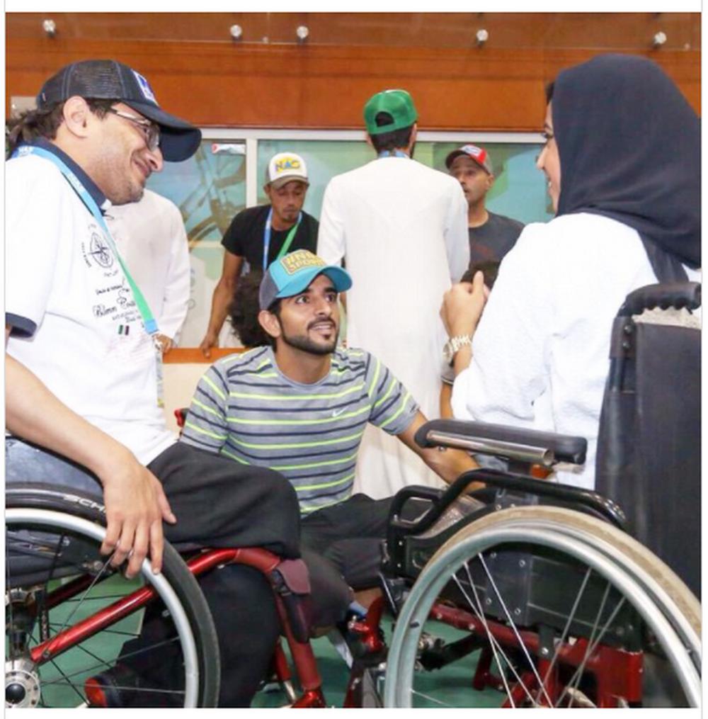 """Một ngày bình thường của Thái tử Dubai """"đạt chuẩn soái ca"""" vạn người mê - Ảnh 1."""