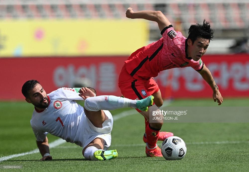 Đem Văn Hậu, Xuân Trường ra chê bai, fan Trung Quốc dự đoán cái kết thảm cho đội tuyển Việt Nam - Ảnh 1.