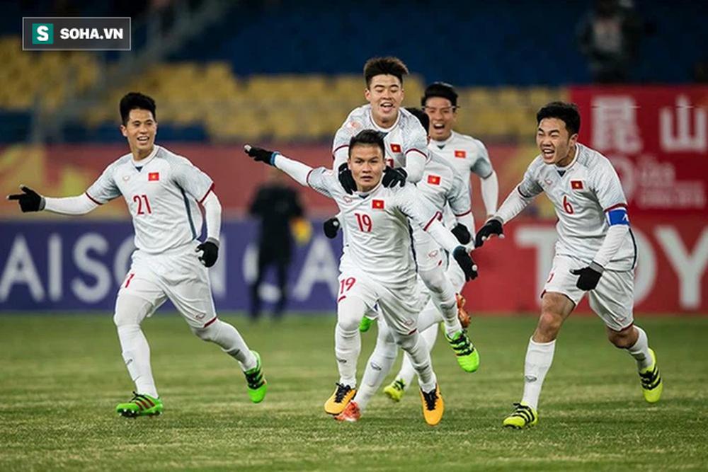 Ơn trời, trận thua UAE sẽ giúp đội tuyển Việt Nam tránh được vết xe đổ thảm hại của Thái Lan - Ảnh 1.