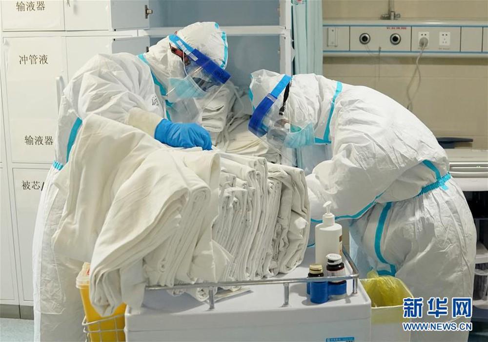 Tiết lộ nguyên nhân khiến bệnh nhân Covid-19 tử vong nhanh: Thiếu oxy không phải là lý do chính - Ảnh 1.
