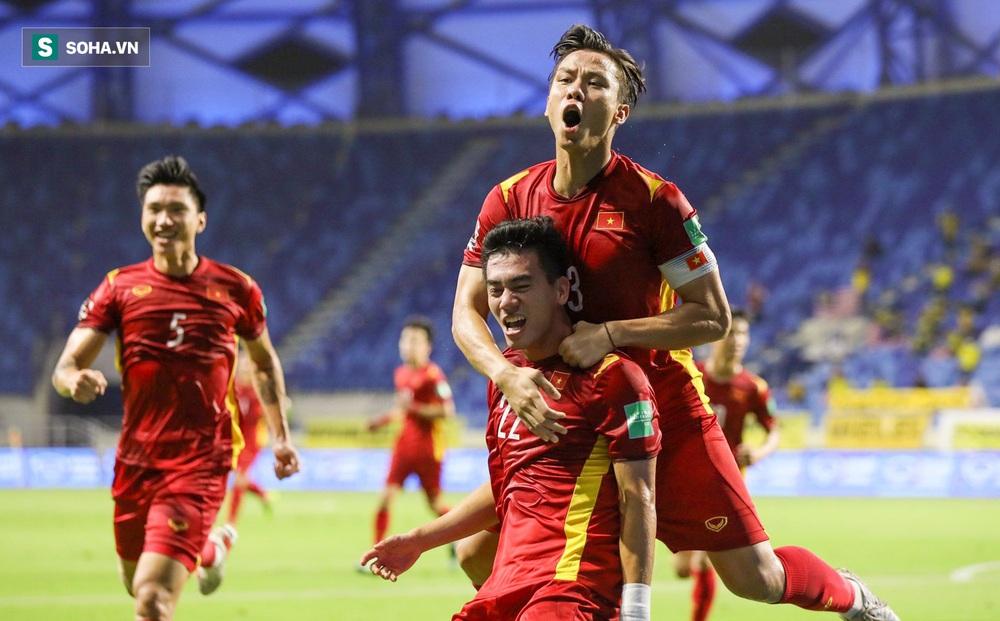 """""""Binh đoàn xứ Chuột túi"""" báo tin vui, ĐT Việt Nam chính thức đi tiếp ở vòng loại World Cup"""
