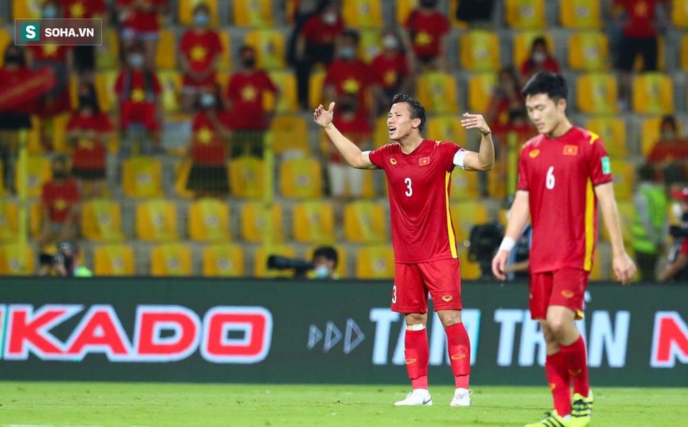 Việt Nam quật cường lập cột mốc lịch sử dù bị đối phương dẫn trước đến 3 bàn