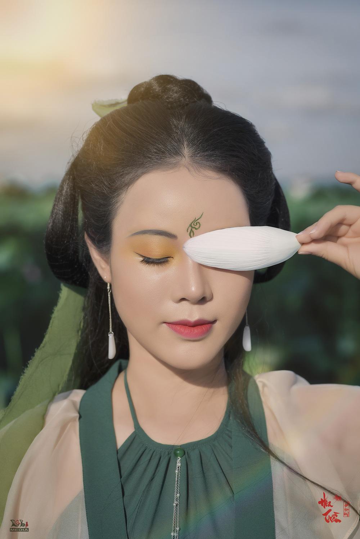 Hoa Trần khoe nhan sắc xinh đẹp - Ảnh 2.