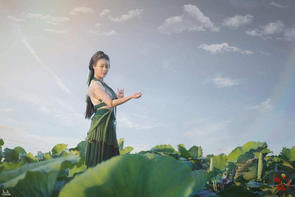 Hoa Trần khoe nhan sắc xinh đẹp - Ảnh 4.
